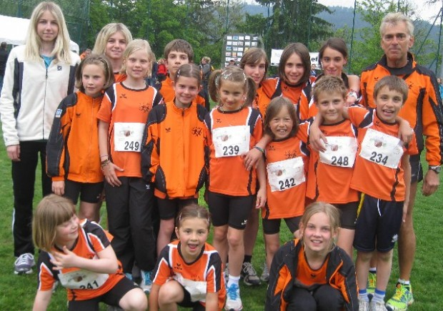 Jugendberglauf Mölten - Das Jugendteam des ASC Berg in Mölten