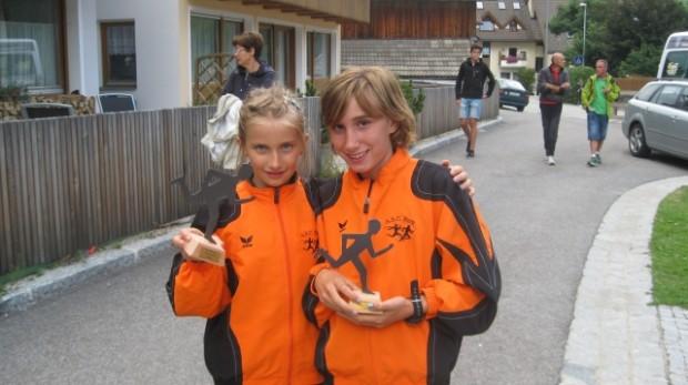 VSS Dorflauf Prags2012 - Annika Oberrauch und Nadja Auer
