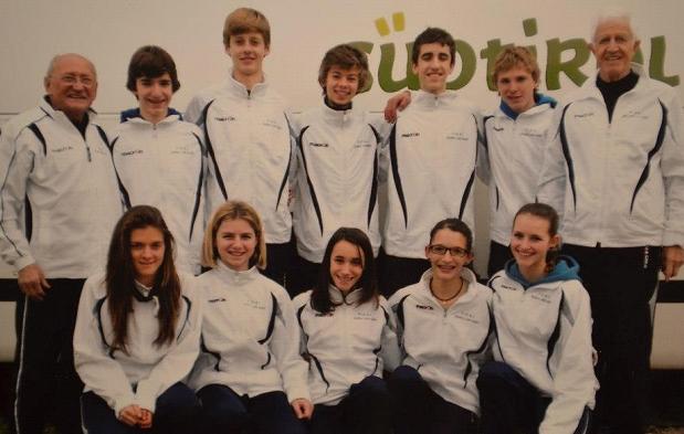 Die erfolgreiche Südtiroler U-16 Auswahl mit den Begleitern Toni Ritsch und Hans Ladurner