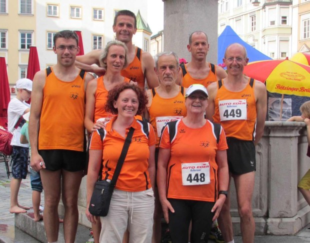 Die Reisegruppe des ASC Berg nach dem Citylauf