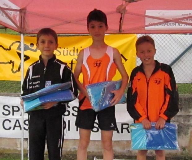 Lukas Sinn, Valentino Melle (SC Meran) und Leon Pichler bei der Siegerehrung