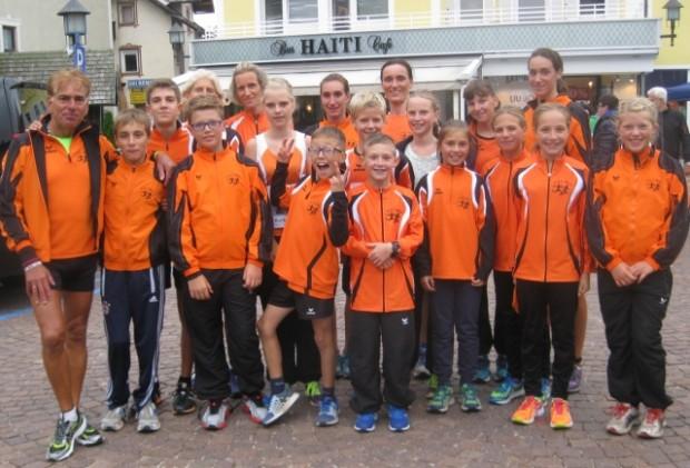 Die Jugend- und Damenmannschaft des ASC Berg in St. Ulrich