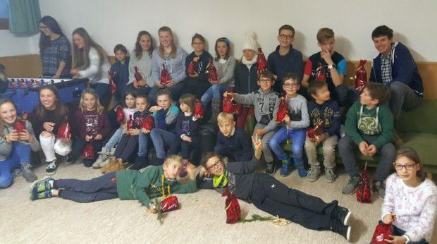 Die Jugendgruppe des ASC Berg in fröhlicher Stimmung
