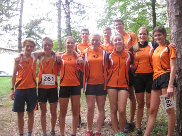 Die Jugendmannschaft des ASC Berg nach dem Finale in Laag